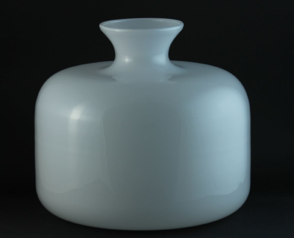 Flower Vase Blanche1 18cm high